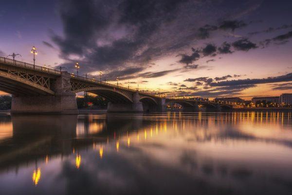 street-light-bridge