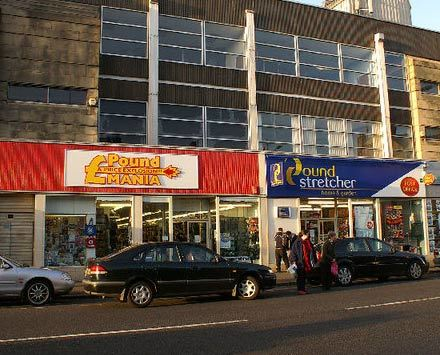Battle_of_the_pound_shops