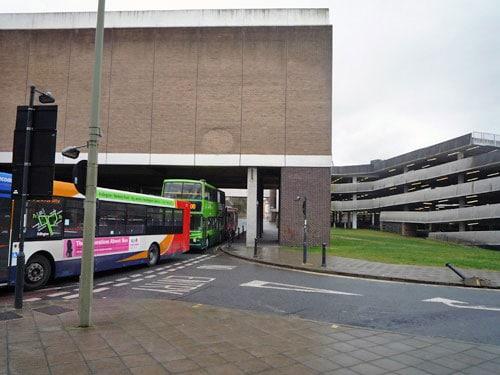 empty-buses