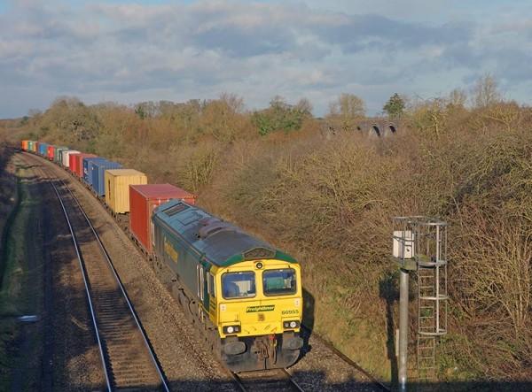 freightliner-railway-train