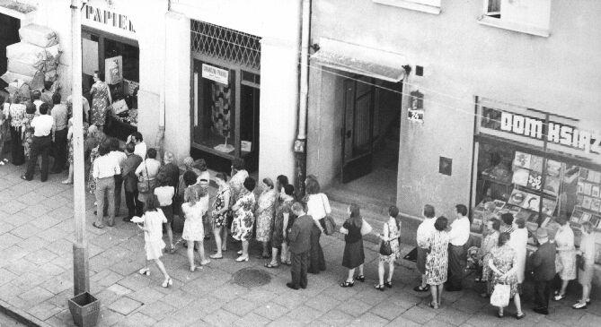 queue-Poland-during Communism